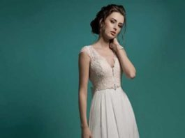 petite dresses for weddings