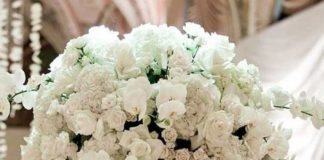 white wedding flower arrangement ideas