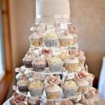 wedding cakes with cupcakes